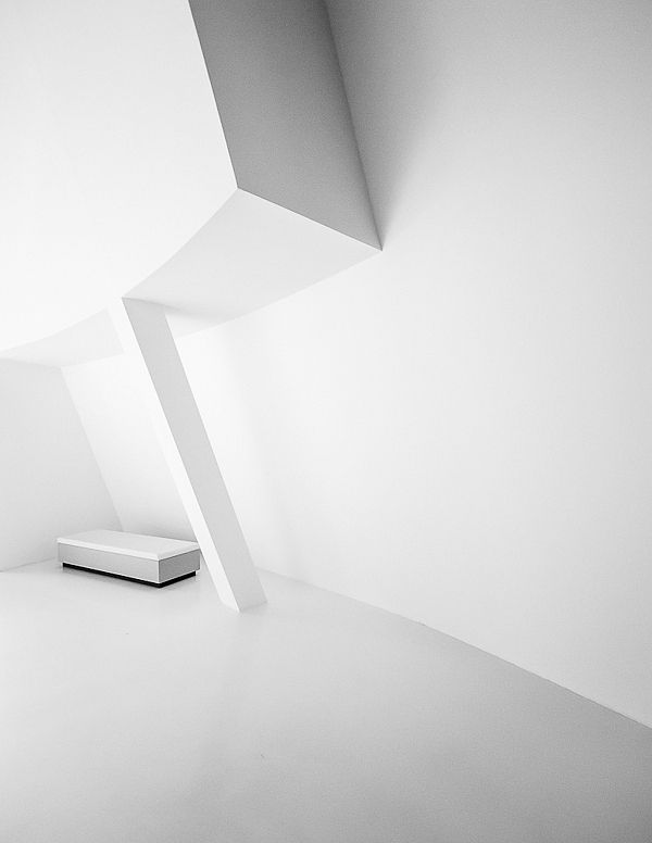 The Minimalist by Christopher Domakis