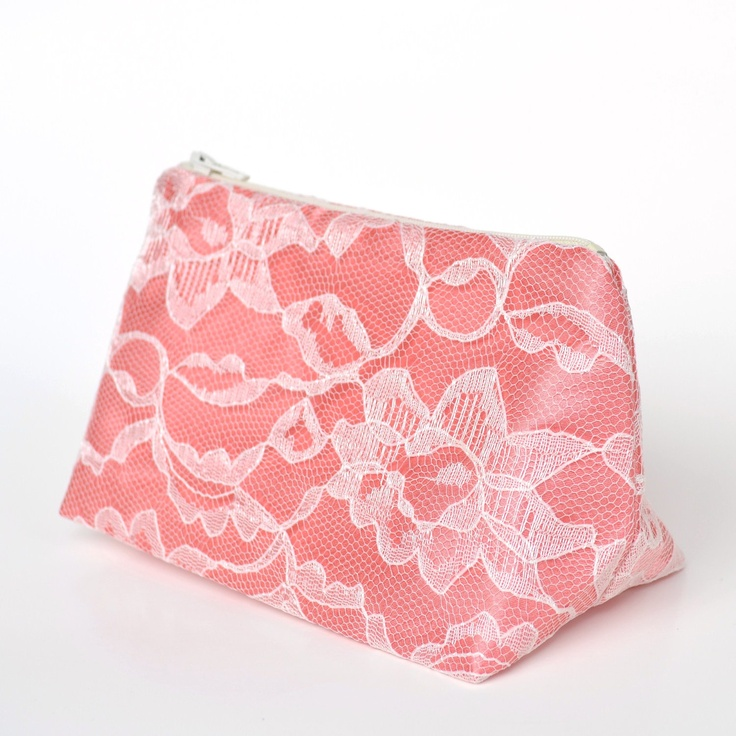 Wedding Favor Bags Coral : about Wedding Ideas on Pinterest Chocolate wedding favors, Wedding ...