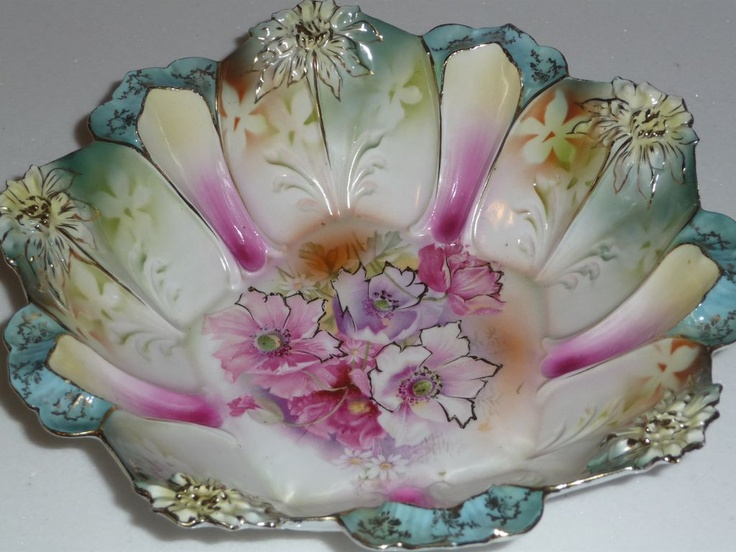 RS Prussia Berry Bowl Set