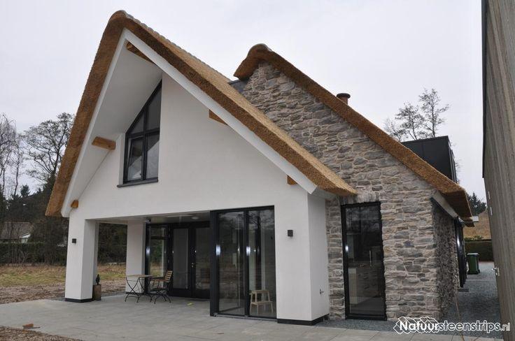 Riante vrijstaande woning. Strak, modern en landelijk. De CottageStones zijn hierbij het echt een eyecatcher.