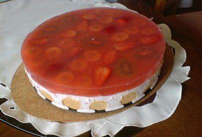 Jogurtový dort s jahodami