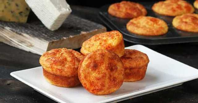 Recept-na-muffiny-s-cheddarem-a-sladkou-paprikou