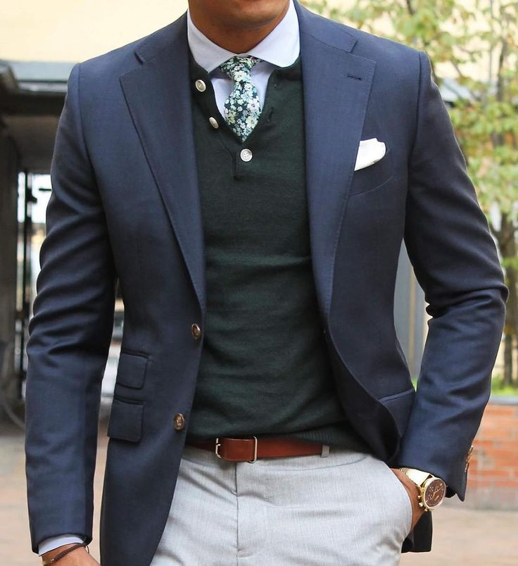 Friday layers - the Green henley under a Dark blue stone jacket, paired with a teal flower tie and white cutaway shirt. #Grandfrank  www.Grandfrank.com