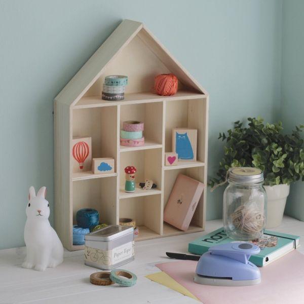 Las 25 mejores ideas sobre estanter as de ni os en for Casita de madera ikea