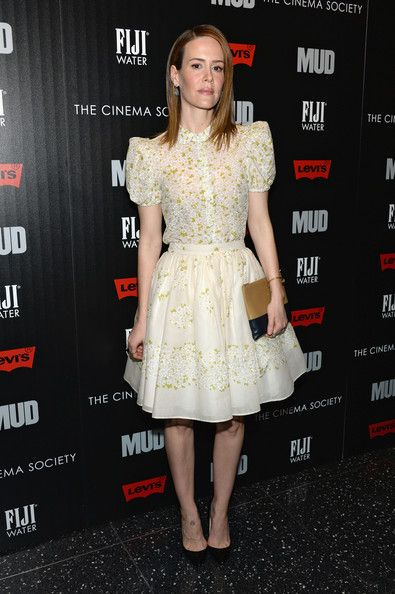 """Sarah Paulson Photos Photos - Actress Sarah Paulson attends The Cinema Society With FIJI Water & Levi's screening of """"Mud"""" at The Museum of Modern Art on April 21, 2013 in New York City. - Arrivals at the 'Mud' Screening in NYC"""