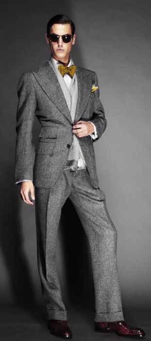 Love it! | Tom Ford Fall 2011 grey suit....i have a YSL gray flannel suit (from a few years back) with similar lines...