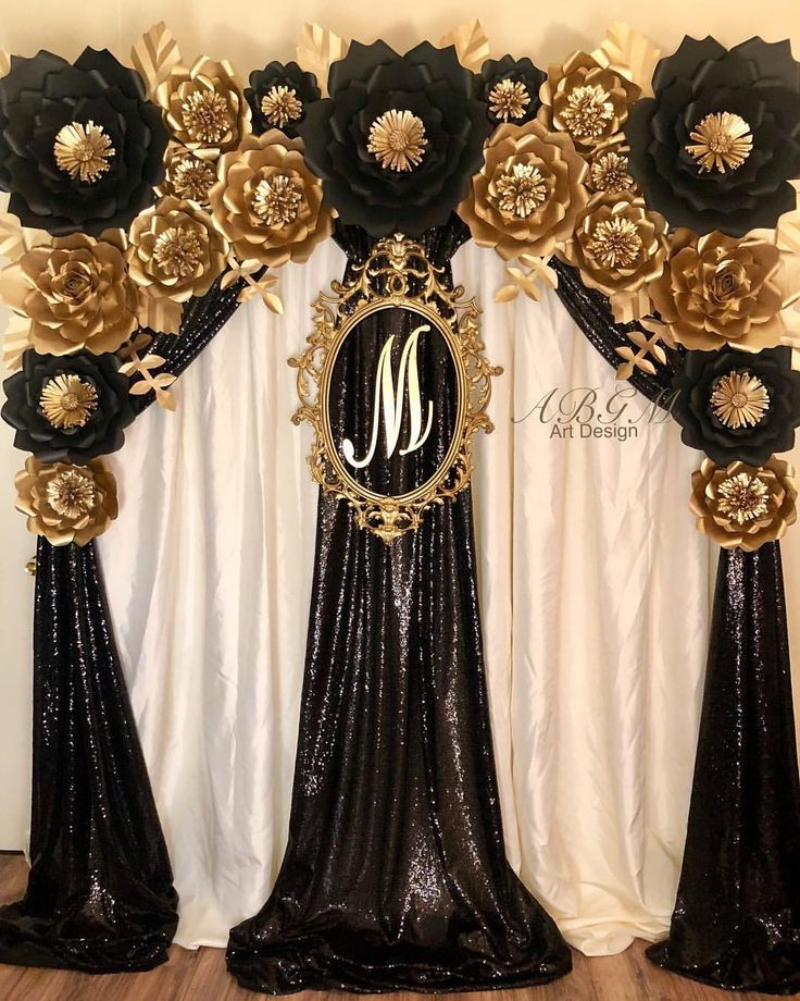 Gold Wall Streamers: Black And Gold BACKDROP #birthdayparty #birthday #black