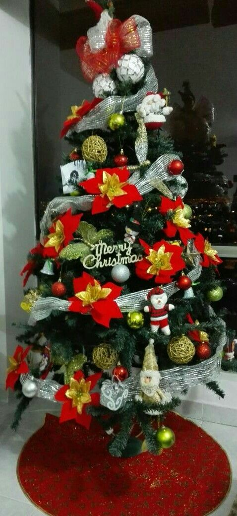 Navidad, árbol, rojo y dorado, DIY, manualidades.