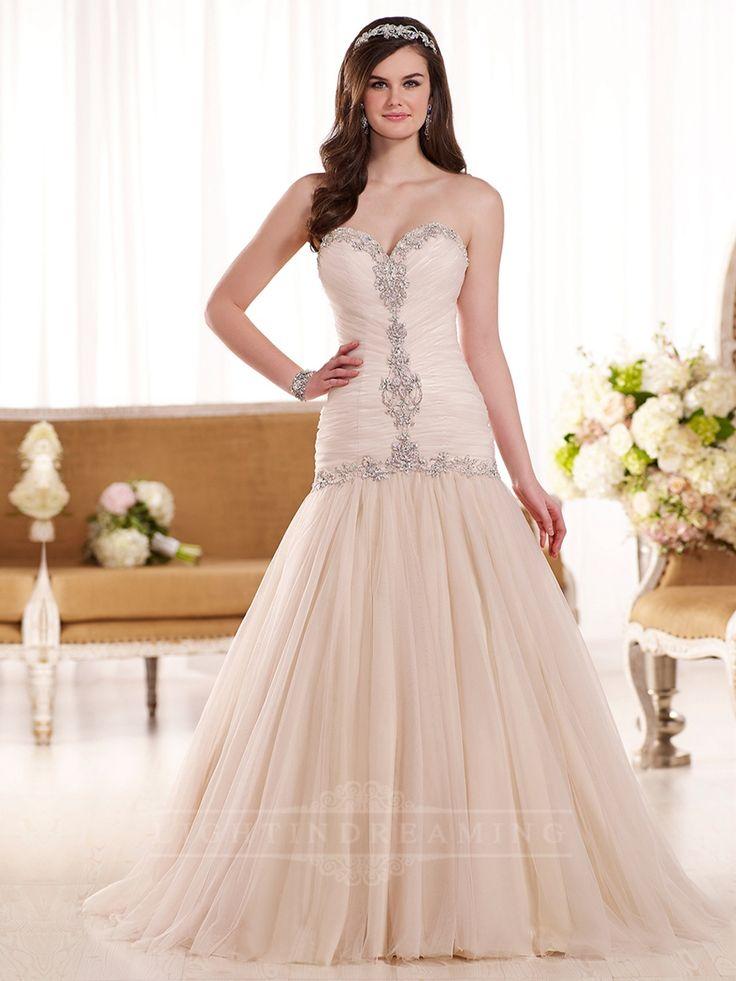 Elegant Sweetheart Ruched Bodic Drop Waist Wedding Dress