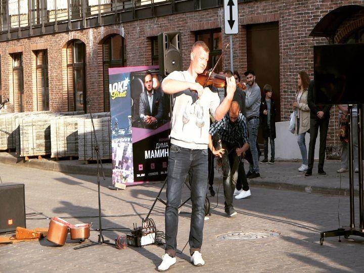 #Дуэтдаблэй: белорусские уличные музыканты-виртуозы, которых хочется слушать часами 🎻🎹 🌟🌟🌟🌟🌟🌟🌟🌟🌟🌟🌟 #пешеходка #верхнийгород #немига #минск #беларусь #уличныемузыканты #скрипка #аккордеон #музыканты #центр #музыкальныйпереулок #nemiga #minsk #belarus #music