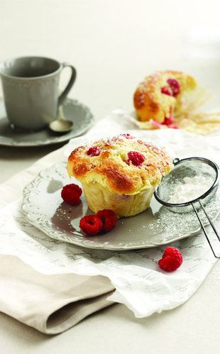 Framboos-kaaskoek-muffins | SARIE | Raspberry cheesecake muffins