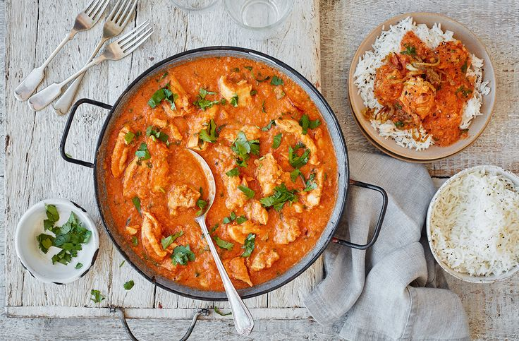 Spice up dinnertime with this classic Indian dish made with caramelised onion. Find easy curry recipes, like this chicken dopiaza, over at Tesco Real Food.