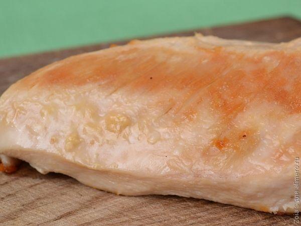 Рулеты из лаваша с курицей и плавленым сырком / Рецепты с фото