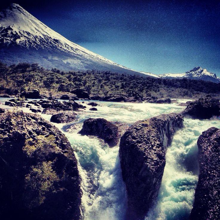 Volcán Osorno y río Petrohue