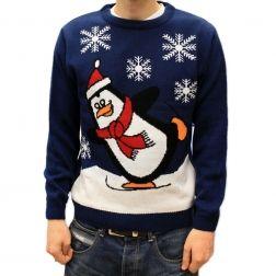 Uroczy #pingwinek na ciepłym #swetrze umili każdy  zimowy #wieczór. Śmieszne #prezenty zawsze były modne. http://swetryswiateczne.pl/pl/