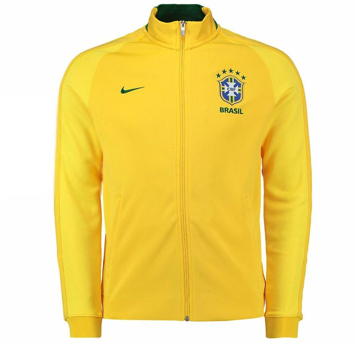 Official 2016 2017 Brazil Authentic N98 Jacket manufactured by Nike. This yellow Brazil track jacket is available to buy in adult sizes S, M, L, XL, XXL and is part of the Brazil Copa America 2016 training range.Brazil Authentic N98 Track JacketShow support for the Brazilian national team as Neymar and teammates mount their challenge for Copa America Centenario honours with the Brazil Authentic N98 Track Jacket.This official Brazil jacket lets fans take their love of the national team to the…