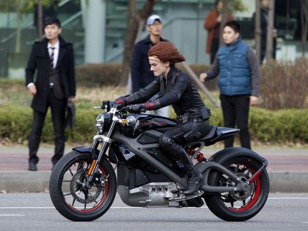 Harley-Davidson apresenta primeira moto elétrica da marca - Moto da Harley-Davidson que será usada no filme 'Os Vingadores 2' (Foto: Sipa USA/REX)