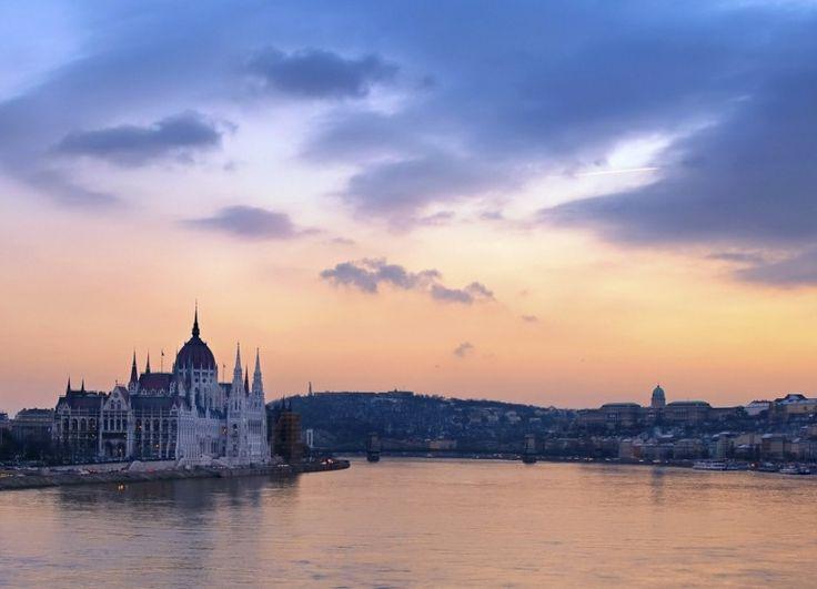 Propuestas en castellano para viajar por los ríos de Europa en Semana Santa - https://www.absolutcruceros.com/castellano-rios-europa-semana-santa/
