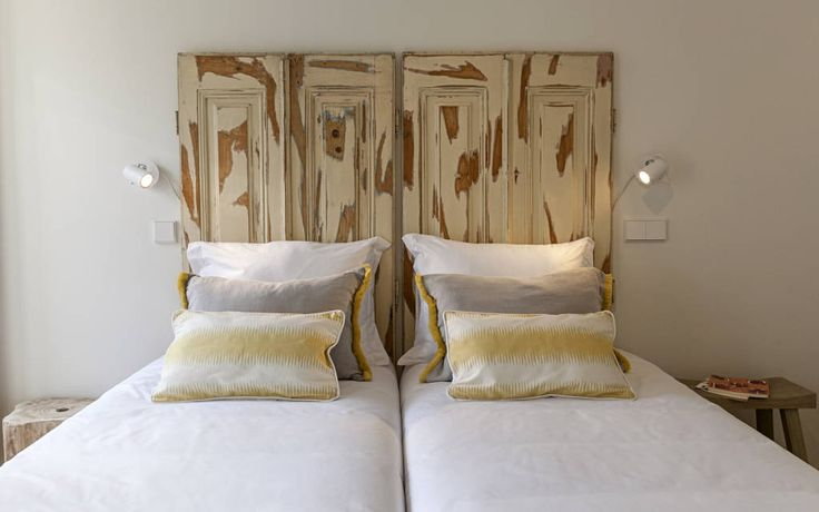 25 best ideas about old window headboard on pinterest window pane frame window pane - Spalliere letto in legno ...
