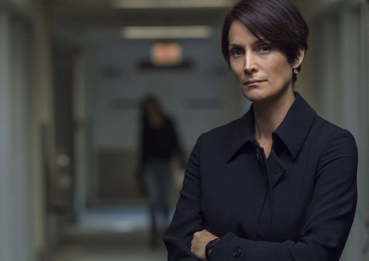 Pin for Later: Jessica Jones: Here's What the Main Characters Look Like in the Comics Carrie-Anne Moss as Jeri Hogarth