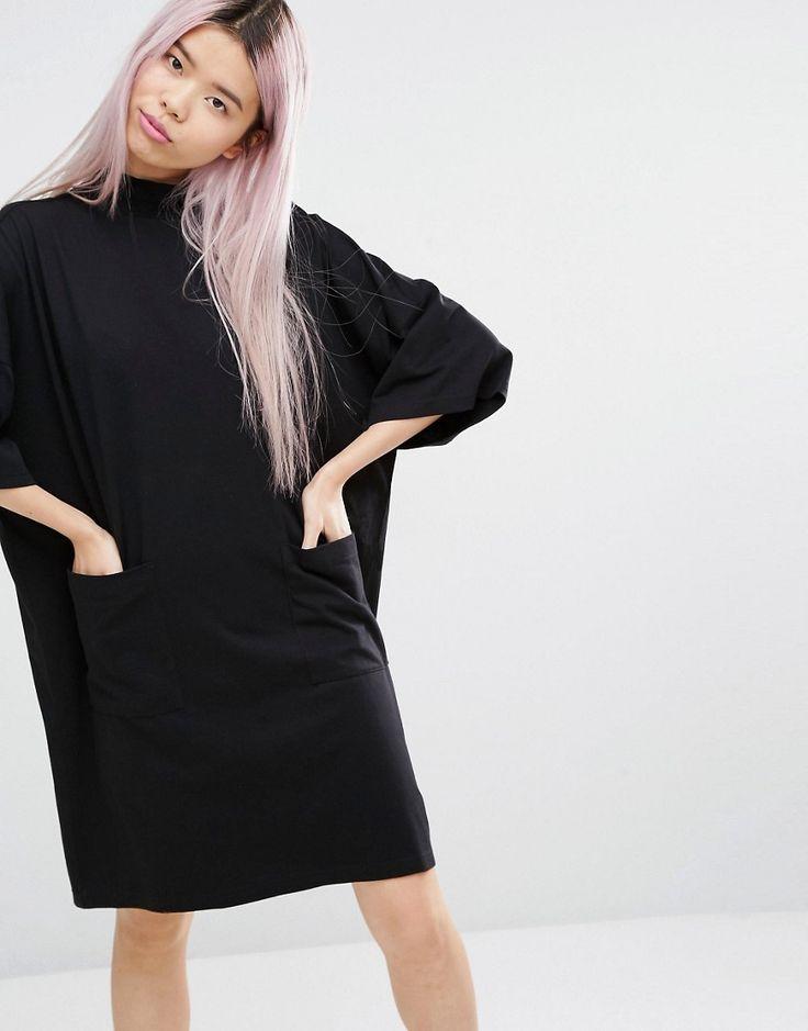 Exclusivité Monki - Robe sweat oversize avec poches 20,99 € - ASOS