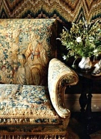 Love Seat Settee Old World Tapestry English Decor Study Library Furniture  Room Ideas Eclectic Home