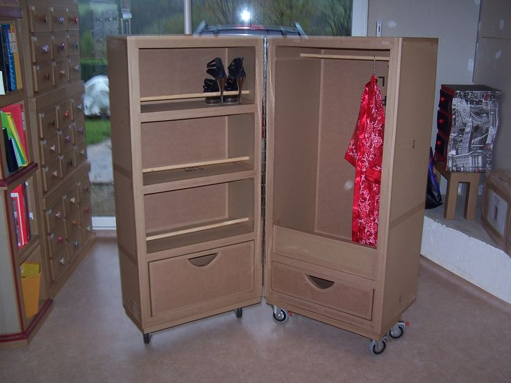 les 25 meilleures id es de la cat gorie meubles en carton. Black Bedroom Furniture Sets. Home Design Ideas