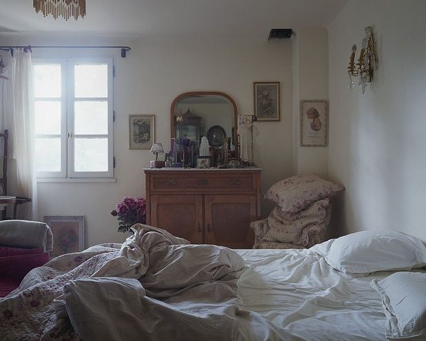 bedroom, messy bed, home, interior, vintage furniture, dressing table, mirror, collection, cushions