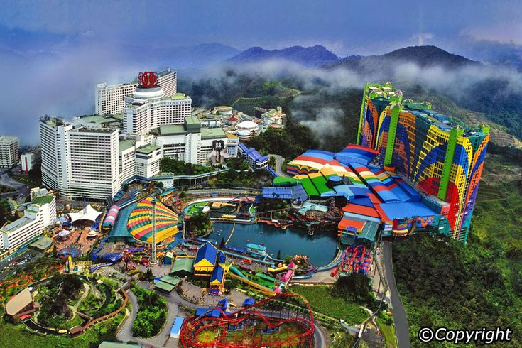 Genting Highlands is the best known of the three hill stations on the western side of the Banjaran Titiwangsa Range. North of KL, it was opened in 1972 and is only 50km away from the Pahang border. One of Genting's most popular features is the Genting Theme Park