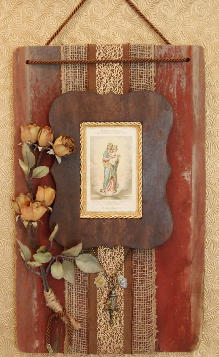 1000 images about catholic home decor on pinterest home for Altar wall decoration