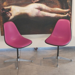 Herman Miller Shell Chairs Pair magenta: Design Products, Design Without Reach, Fab Com, Features, Pairings Magenta, Miller Shells, Chairs Pairings, Herman Miller, Shells Chairs