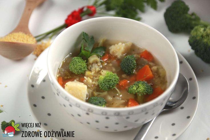 Wyśmienita zupa brokułowa z kaszą jaglaną. Lekkostrawna zupa oczyszczająca. Jaglany detoks. Zdrowe przepisy. Zdrowe oczyszczanie. Zdrowe proste przepisy.