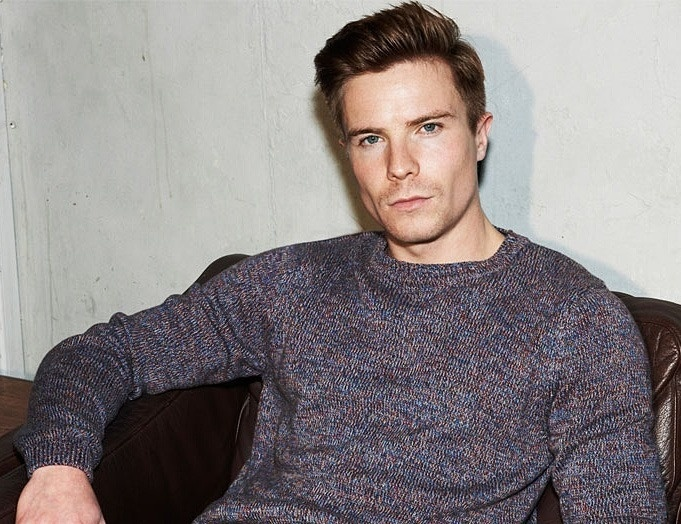 joe dempsie. first skins, now game of thrones. would put a HURTIN on him.