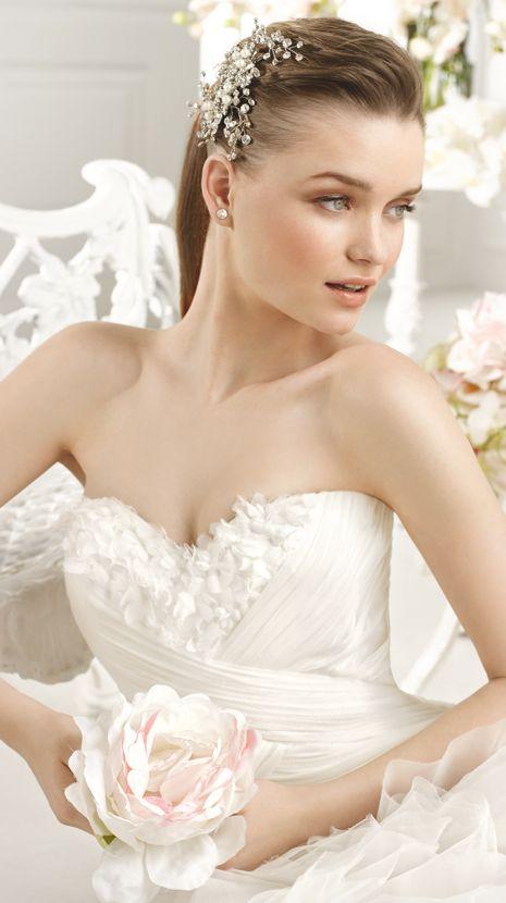 FEBRERO | Bridal Gowns | 2015 Collection | Avenue Diagonal (close up)