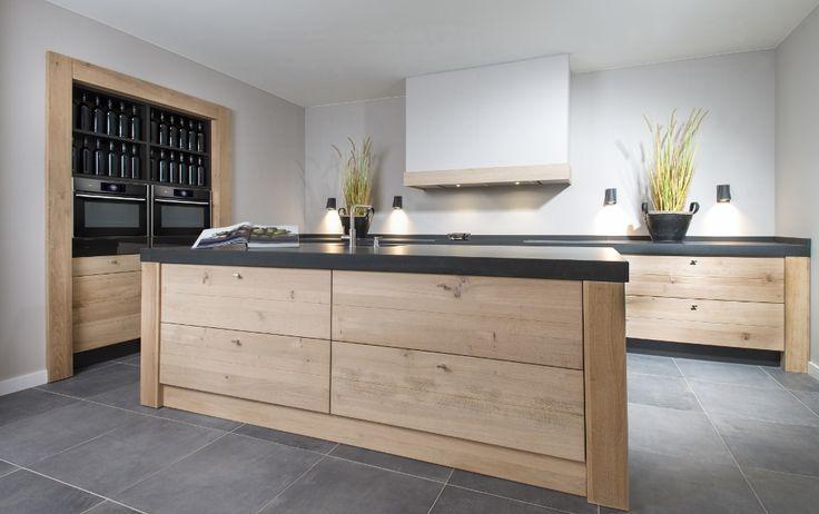Keuken Steigerhout Wit : Meer dan 1000 afbeeldingen over Houten keukens maatwerk op Pinterest