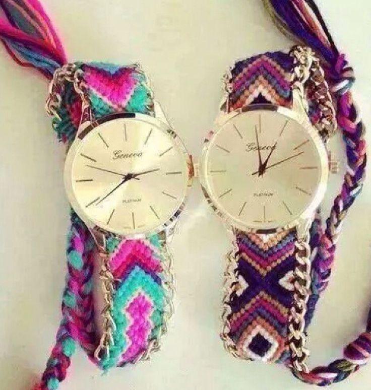 Reloj con extensible tejido colores