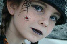 fille sorcière maquillage