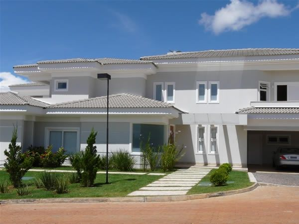 1000 ideias sobre telhados coloniais no pinterest for Fachadas de casas modernas wikipedia