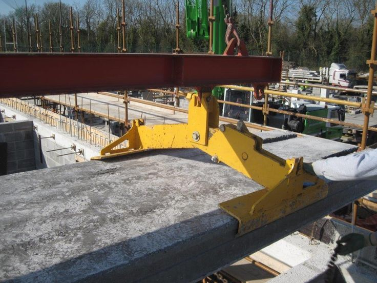 Flood Precast provides the utmost services for this live school project where Health and Safety was a high priority