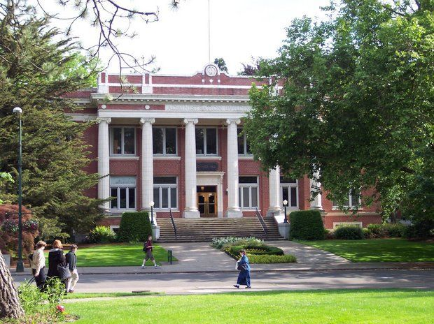 Comparing Oregon colleges by cost, student debt, enrollment numbers and more…