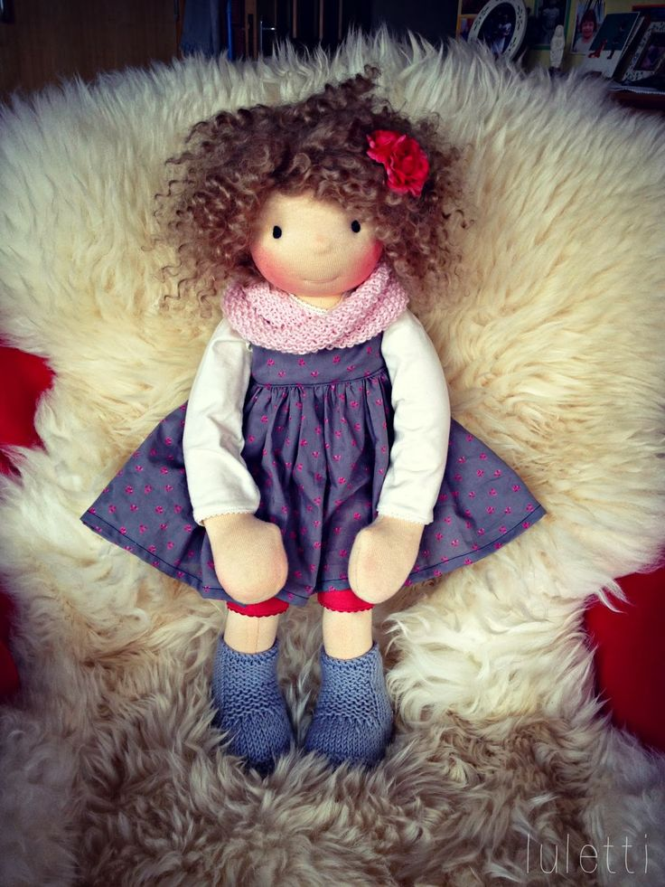 Luletti: About a bigger doll