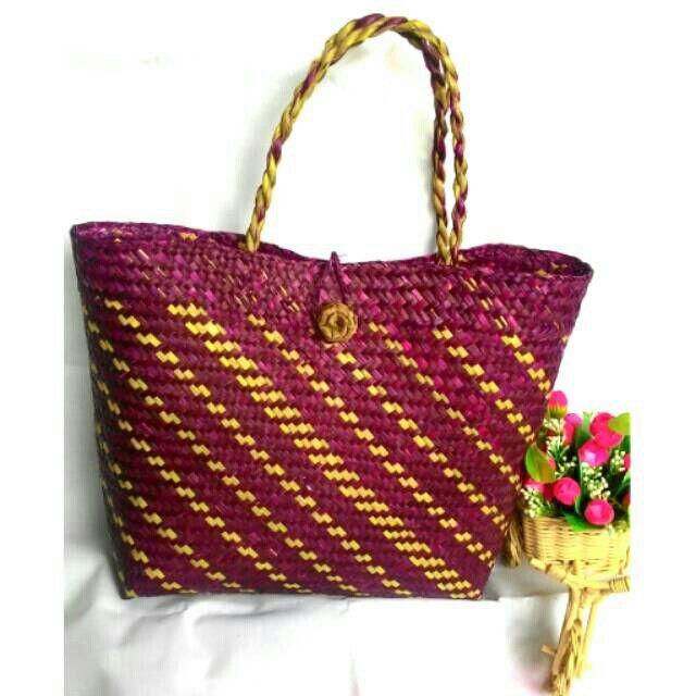 Temukan dan dapatkan Tas Purun Bakul Besar Warna hanya Rp 90.000 di Shopee sekarang juga! http://shopee.co.id/borneoethnic/125298580 #ShopeeID