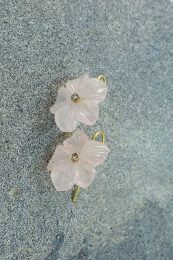 Earrings of handcarved rose quartz flower, 18 ct gold and diamonds Lautropjewellery