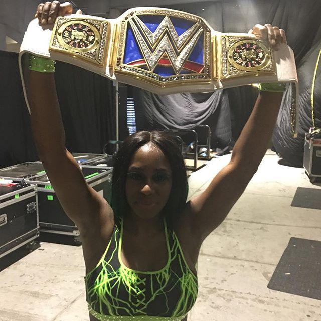 wwe #FeelTheGlow of the hometown #SDLive Women's Championship, @trinity_fatu!!! #WrestleMania  2017/04/03 12:28:07
