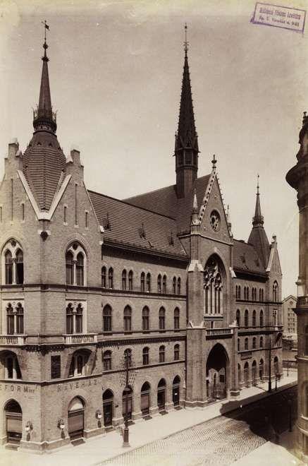 Nagy Ignác utca 2-4. Unitárius templom és bérház. A felvétel 1890 után készült. A kép forrását kérjük így adja meg: Fortepan / Budapest Főváros Levéltára. Levéltári jelzet: HU.BFL.XV.19.d.1.07.072