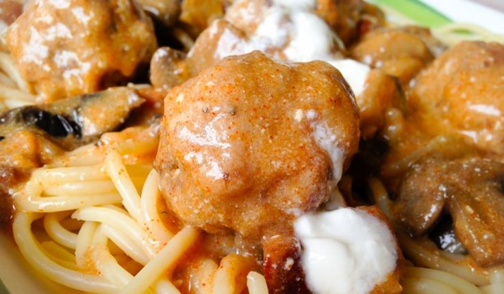 Bakonyi húsgombóc spagettivel