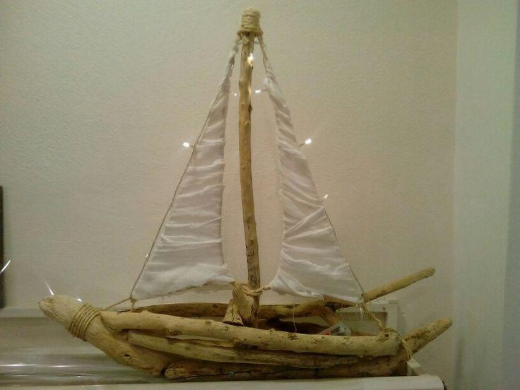 Καράβι απο θαλασσοξυλα