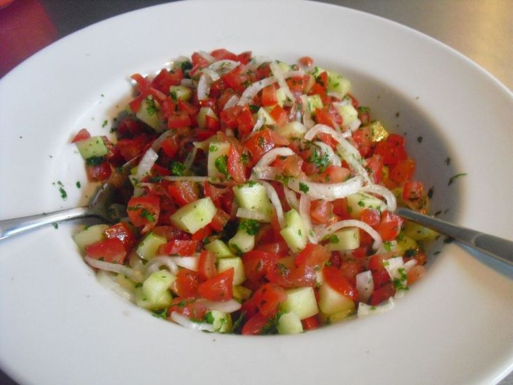 Türkischer Tomatensalat, ein schmackhaftes Rezept aus der Kategorie Gemüse. Bewertungen: 176. Durchschnitt: Ø 4,4.