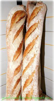 Perchè complicarci la vita con due preimpasti? Autolisi e biga ci regaleranno una pane profumato e gustoso, durevole, di buon volume, con u...