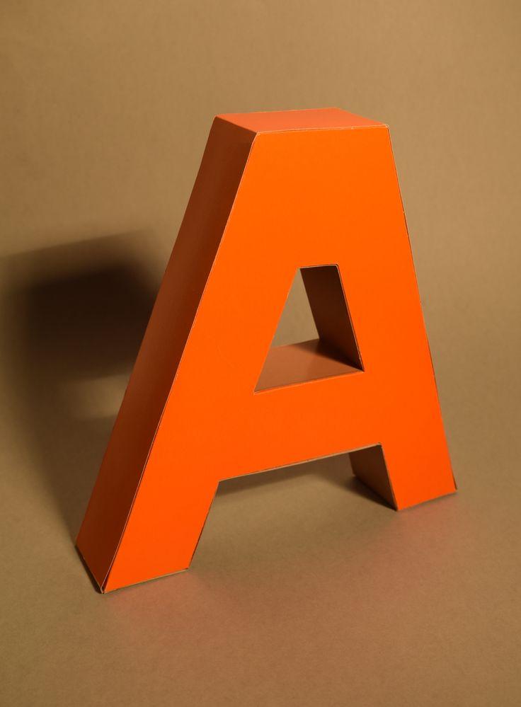 Dualszky-Kovács Ági, 3D betű /  Dualszky-Kovács Ági, 3D letter